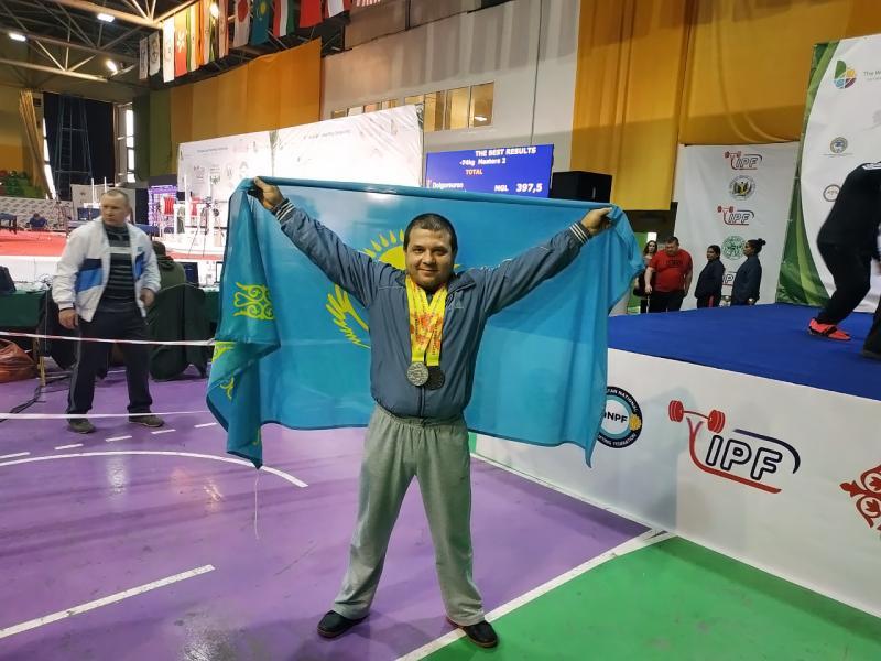 Бригадир АлЭС взял два призовых места на Чемпионате Азии по классическому пауэрлифтингу